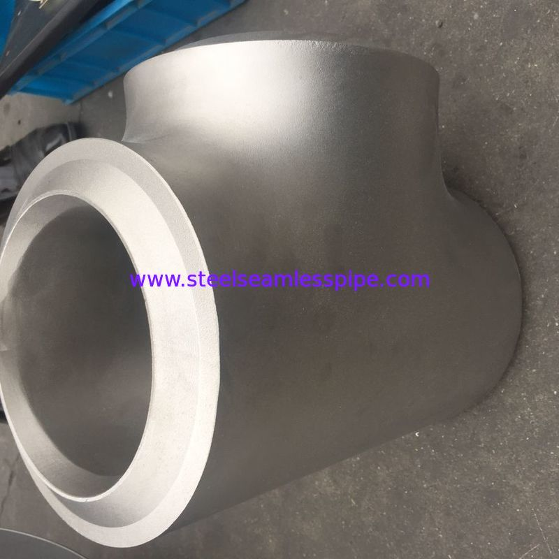 Hot Dipped Galvanizing Butt Weld Fittings Equal Tee High Durability Sch40 Sch80